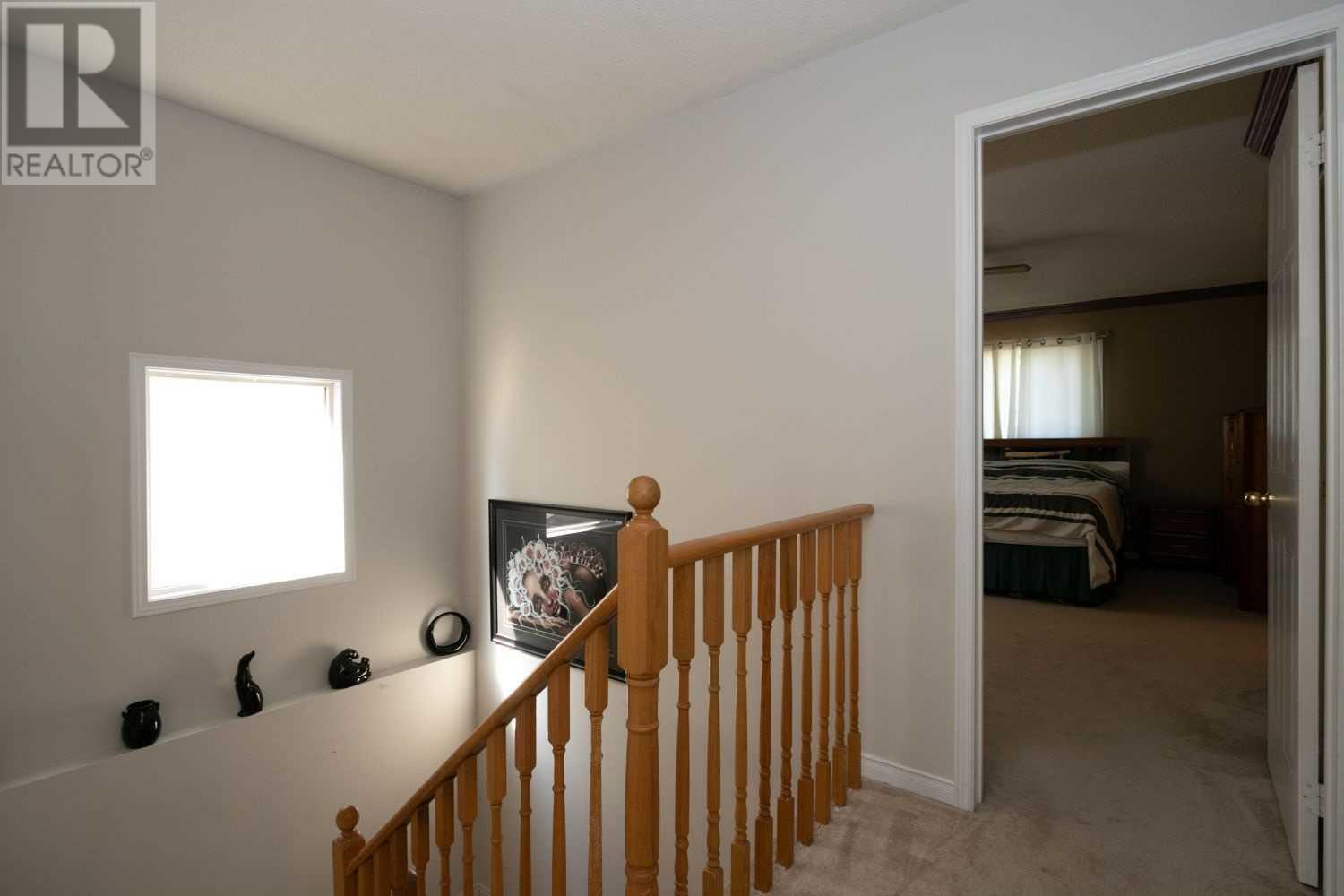 1593 Woodgate Tr, Oshawa, Ontario  L1G 8C8 - Photo 22 - E4828118