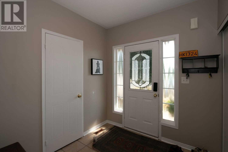 1593 Woodgate Tr, Oshawa, Ontario  L1G 8C8 - Photo 4 - E4828118