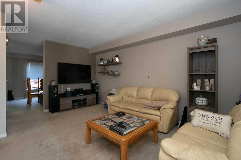 1593 Woodgate Tr, Oshawa, Ontario  L1G 8C8 - Photo 6 - E4828118